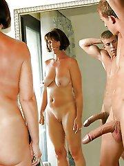 Nackt amateur pics mature Amateur Mature